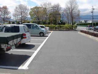駐車場はたくさん止められません