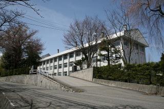 白馬高校校舎