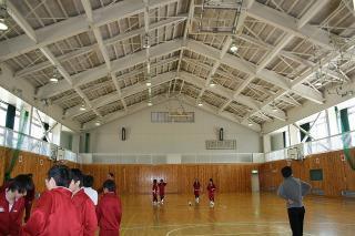 白馬高校体育館