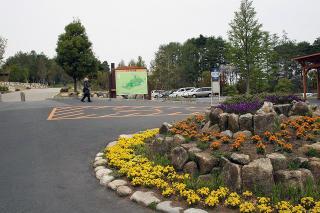 アルプス公園入口のロータリーです