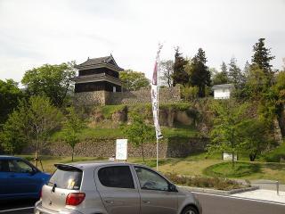 駐車場から見た西櫓