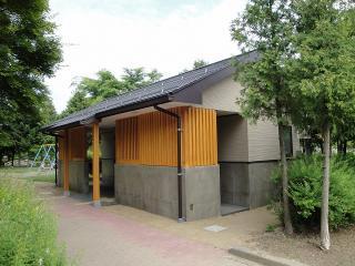 緑ヶ丘公園 トイレ