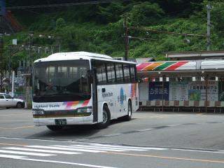新島々バスターミナル バス