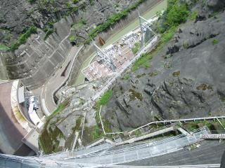 上から見た 奈川渡ダム