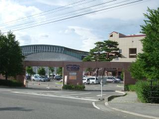 ラーラ松本 門