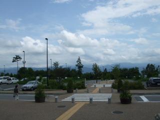 あづみの公園堀金 駐車場
