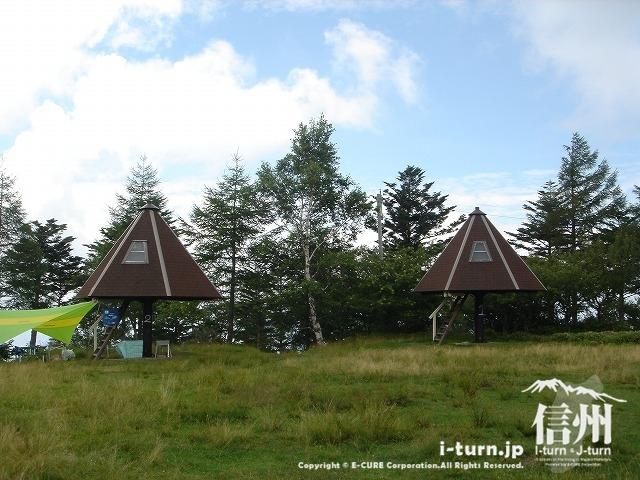 鹿嶺高原の月見平キャンプ場のキャビン