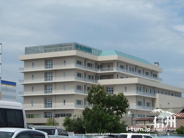 渚ライフサイトの隣には丸の内病院