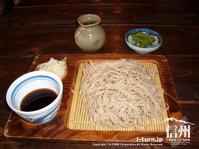 そば粉は国内産のみ|飯山市木島「そばしげ」