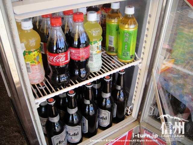 雅秋園で売っているジュースとビール