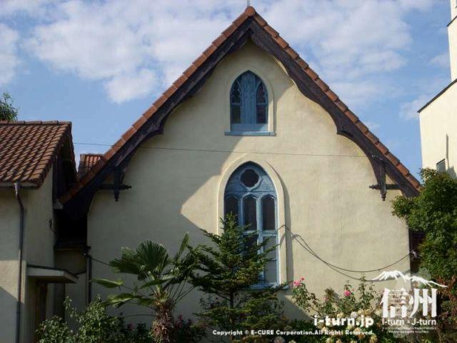 礼拝堂の窓