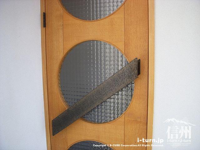 正祥の入口ドアアップで撮影