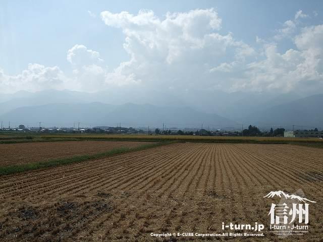 ピッコラーナの前は田園風景