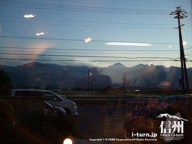 ピッコラーナから見る北アルプスの夕暮れ