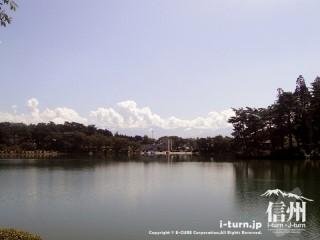 なかなか広い湖
