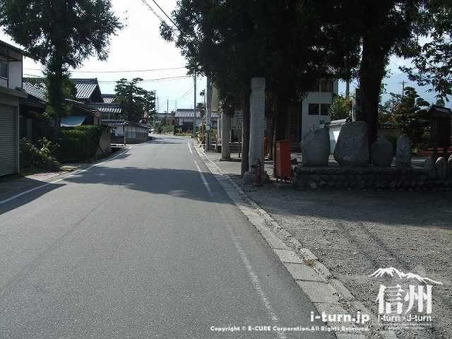 東光寺のある通り