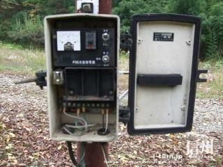 旧国鉄篠ノ井線廃線敷 炎管避雷器F8C系の中