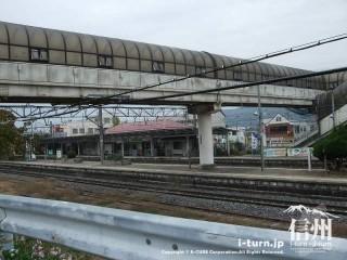 旧国鉄篠ノ井線廃線敷 明科駅