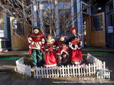 軽井沢観光会館 クリスマスシーズン会館前