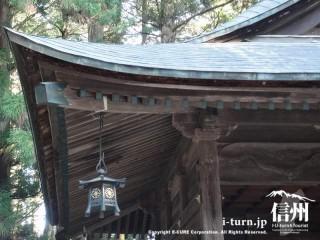 神楽殿の屋根周り
