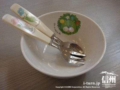 子供用の食器セット