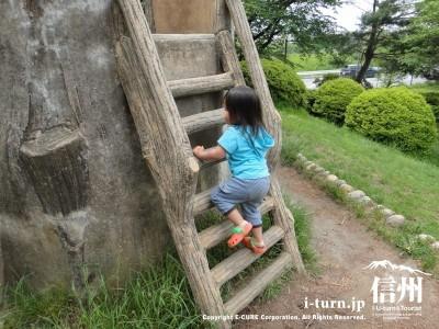 高度な技術が必要な階段