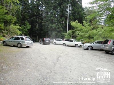 上の駐車場