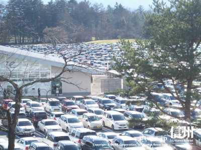 EAST 駐車場