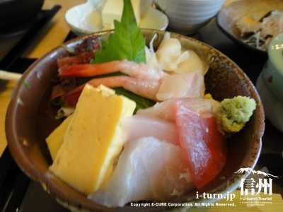 レディース膳の海鮮丼