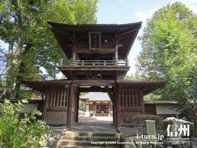 眞福寺の山門