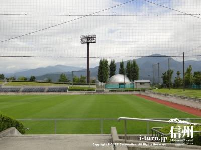 キレイな芝の競技場
