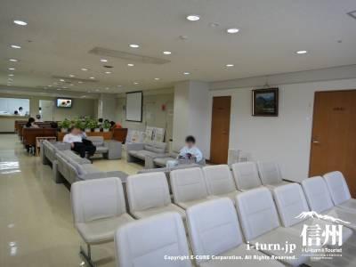 健康管理センター待ち合い室