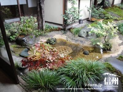 苔泉亭「萩月庵」千ひろの日本庭園そば処萩月庵