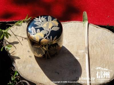 茶器・棗(なつめ)と茶杓