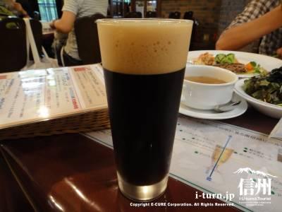 黒~いビール
