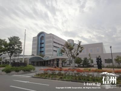 長野市民病院の外観