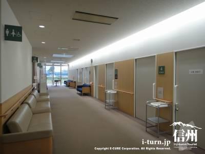 長野市民病院健診センター診察室前の風景
