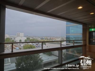 長野市民病院の病棟からの眺め