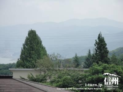 親ゆずりの味から見た岡谷市街方面の景色