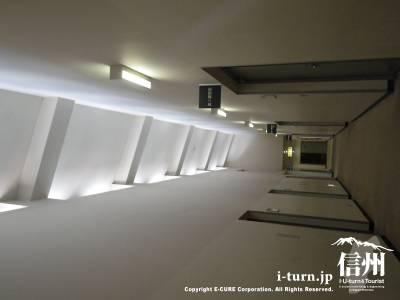 楽屋への廊下