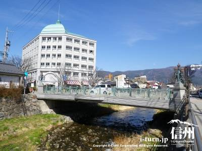 一つ橋全景