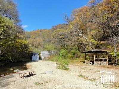 千ケ滝 水遊び場Ⅳ(紅葉)