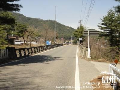 有明大町線の橋の手前
