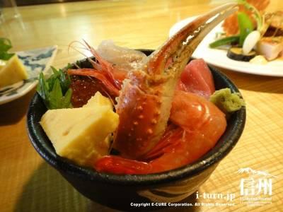 刺身の盛り合わせはご希望で海鮮丼にもしてもらえます
