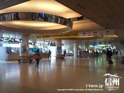 新千歳空港駅の到着ロビー