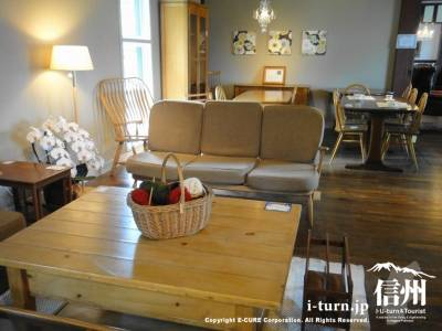家具売り場