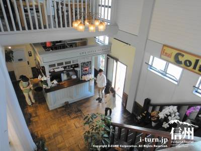 2階から見た玄関ホール
