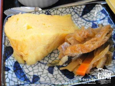 卵焼きと切干大根の煮物