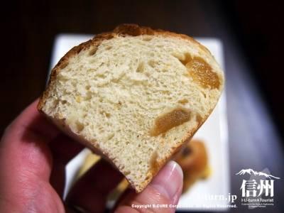 信州リンゴのパン
