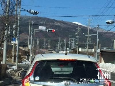 山下町2丁目の信号を左折です
